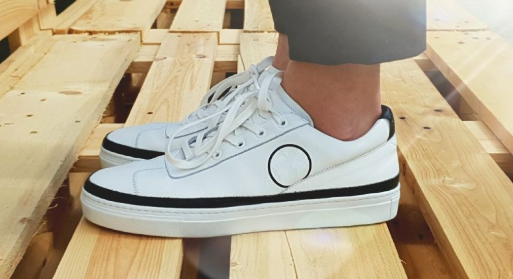 8 x Sustainable sneakers